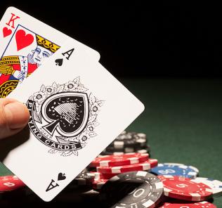 blackjack americano e europeu